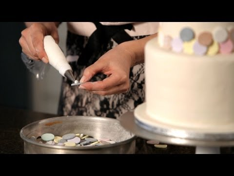 How to Decorate with Candy | Wedding Cakes