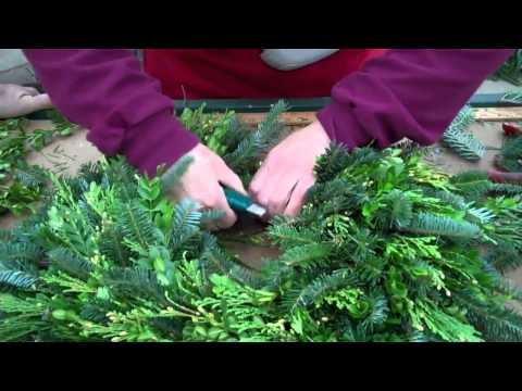 Wilson's Garden Center How To Make A Fresh Greens Wreath
