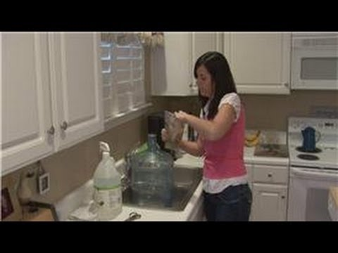 Housecleaning Tips : Cleaning a 6-Gallon Plastic Water Bottle