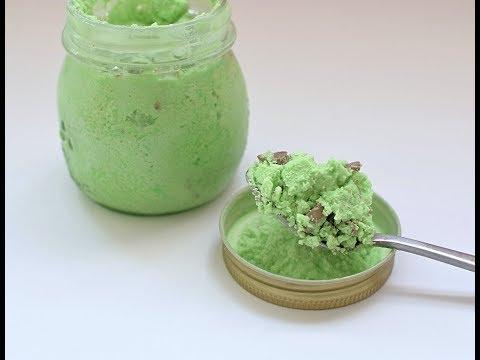 How to Make Mint Choc Chip Mason Jar Ice Cream