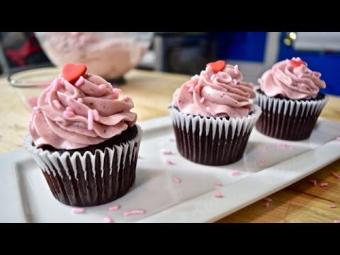 How to Make Strawberry Swiss Meringue Buttercream