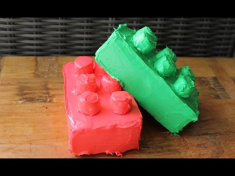 Easy birthday cake idea: How to make a LEGO birthday cake