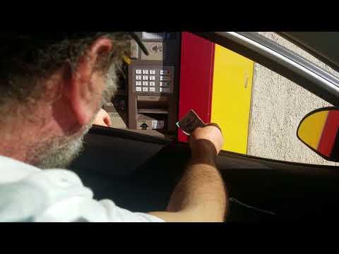 Wells Fargo  ATM  steal customers  money be careful