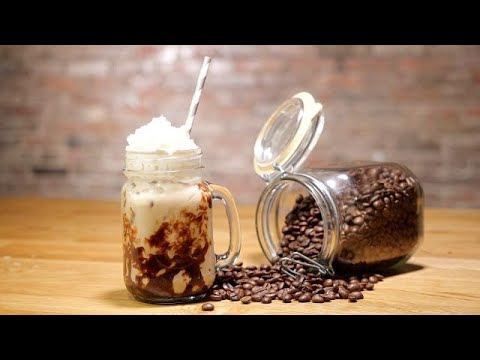 Irish iced coffee is the ultimate breakfast cocktail for St. Patrick's Day
