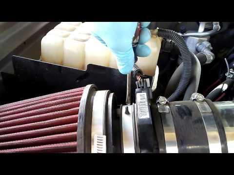How To Clean Mass Air Flow Sensor 2006 Chevy Silverado