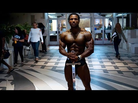 SHOWTIME - MY FIRST CLASSIC PHYSIQUE SHOW