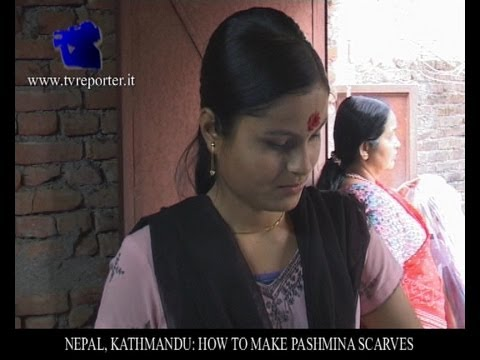 NEPAL, KATHMANDU: HOW TO MAKE PASHMINA SCARVES