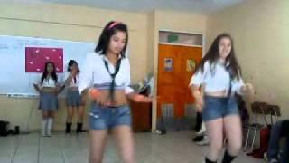 baile las divinas
