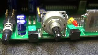 How to repair Noisy Tube guitar amp using a microphone Sonny