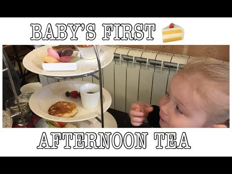 BABY'S FIRST AFTERNOON TEA! WEEKEND FAMILY VLOG | MOM / MUM DAY IN THE LIFE WITH TWO KIDS