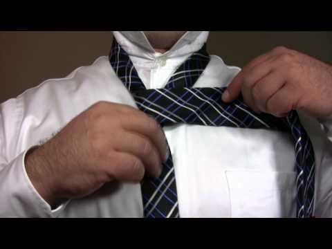How To Tie a Tie: The Half-Windsor