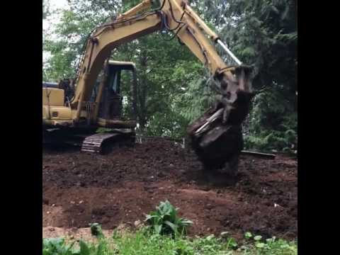 Seattle Rockeries - Grading a Slope