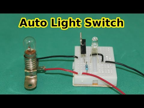 Automatic On Off Light Switch with Phototransistor