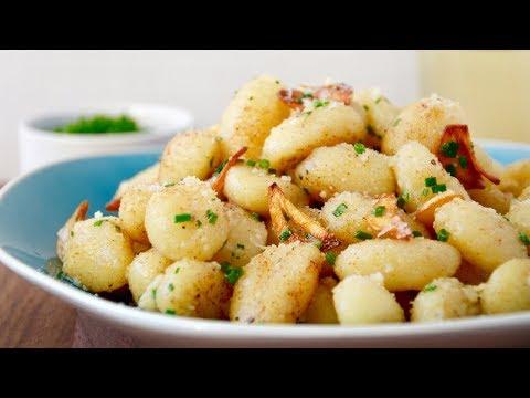 Quick Gnocchi with Crispy Garlic