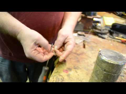 How to make a loop end string for early or modern instruments