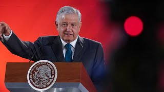 Presidente muestra algunas resoluciones del INAI sobre caso Odebrecht. Conferencia presidente AMLO