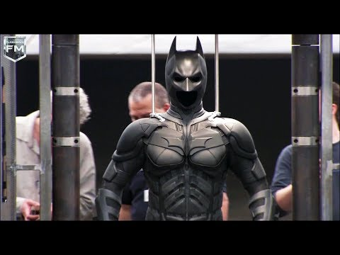 Batman Suit 'The Dark Knight' Featurette
