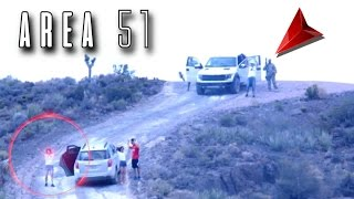 SUSCRÍBETE: http://goo.gl/jTAhUo Mi Facebook: http://goo.gl/ocxs6l Mi Twitter: http://goo.gl/ewiUw3 ESTO PASA SI ENTRAS AL AREA 51 (Video) Enlace al video de los motociclistas: https://www.youtube.com/watch?v=J-54k07mcOA