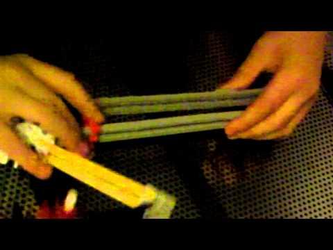 How to make/use a knex tomahawk