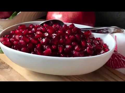 How to Easily Remove Pomegranate Seeds