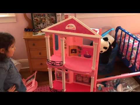 Adventures with Alex - Assembling the Barbie Dreamhouse