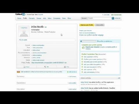Adding a Resume to LinkedIn : Social Media Tips