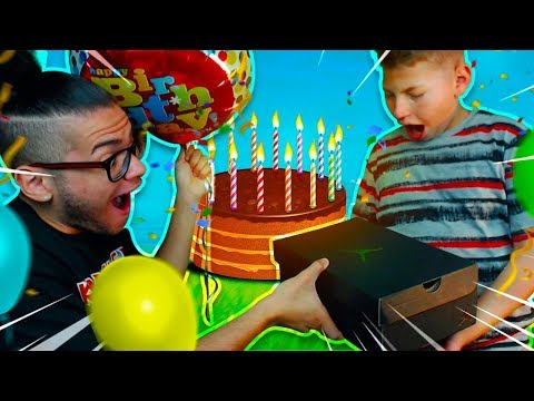 JAYDEN'S AMAZING BIRTHDAY VLOG!! SURPRISING HIM WITH A SHOPPING SPREE! *MUST WATCH*- FORTNITE DANCE?