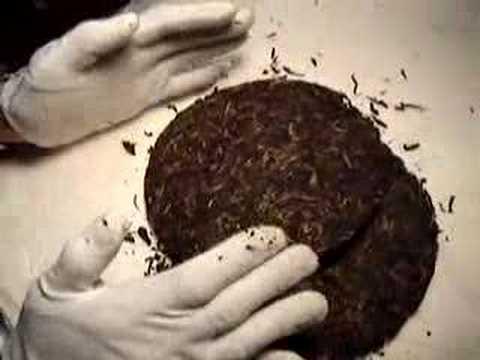 How to break up a Puerh tea cake