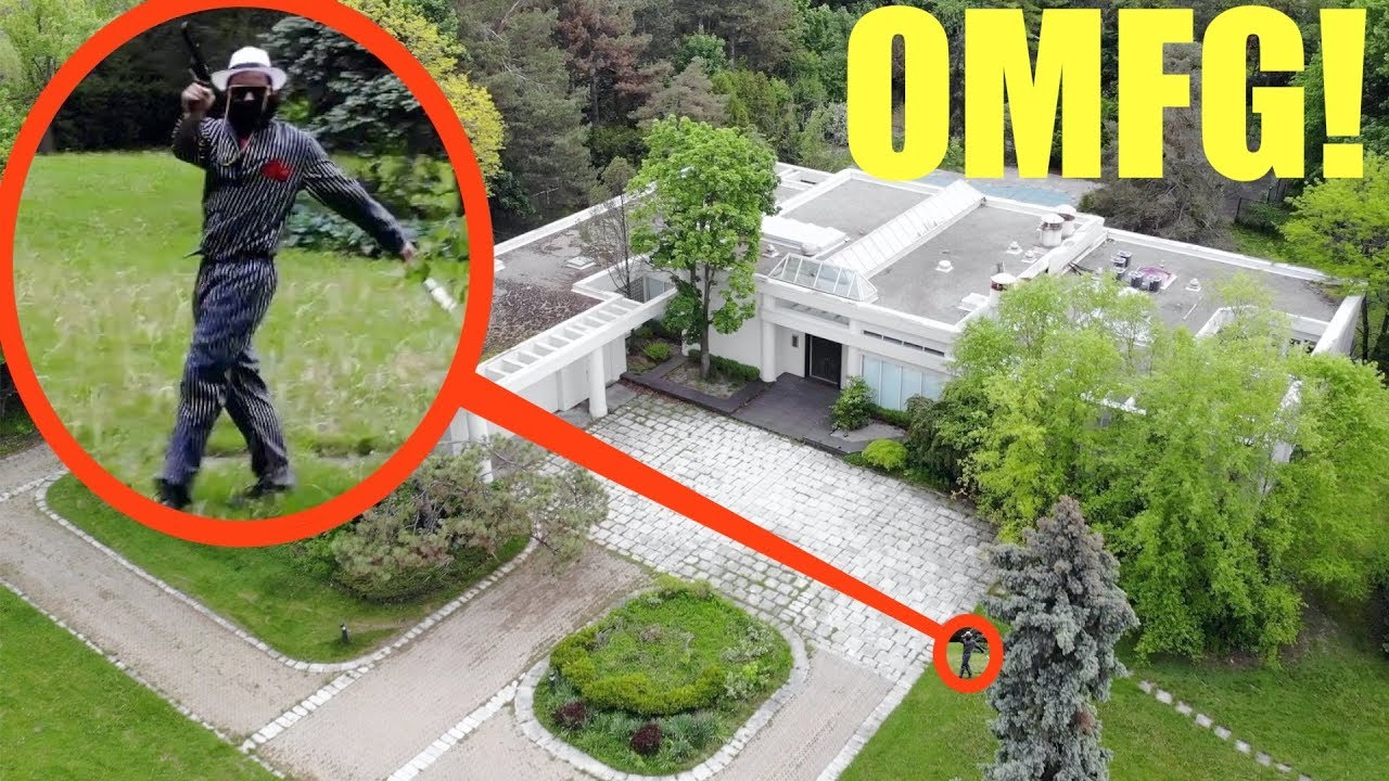 you won't believe what my drone caught on camera at this abandoned Mafia Bosses $10,000,000 Mansion