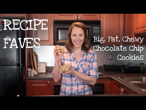 How to make BIG FAT CHEWY CHOCOLATE CHIP COOKIES
