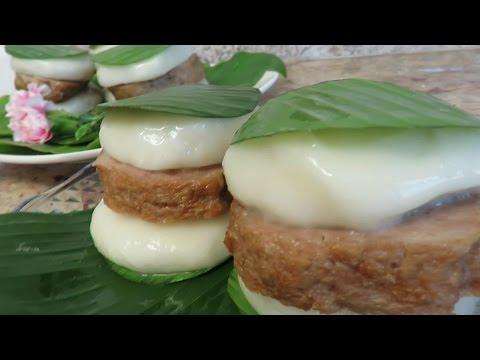 BANH DAY (Vietnamese sticky rice cake)