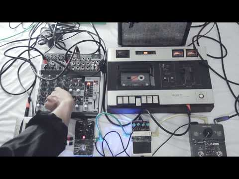Ambient / Drone : Tape Loops Experiment
