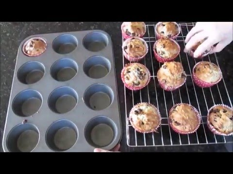 How To Make Oatmeal Chocolate Chip Muffins