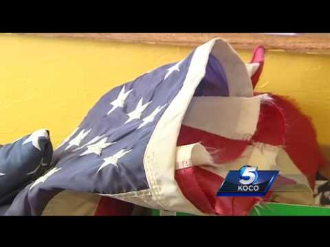 Veteran turns tattered, torn American flags into way to honor soldiers