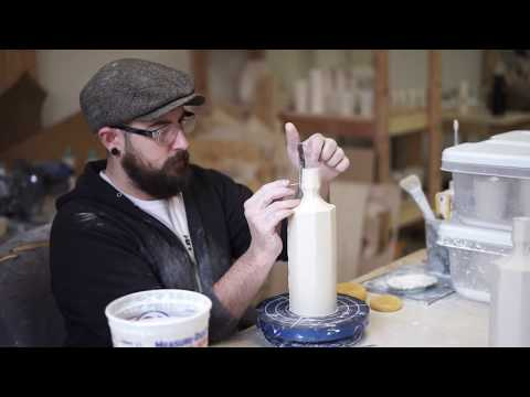 How to Fit a Swing Top to a Ceramic Bottle