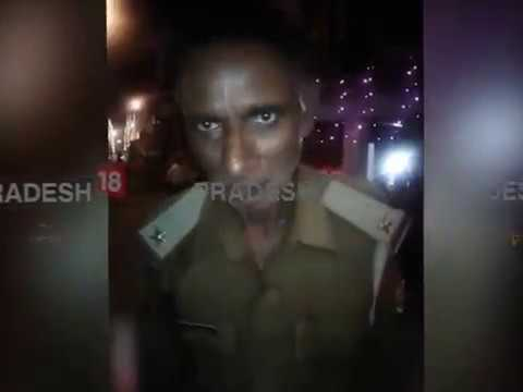 Drunk policeman praises Akhilesh's 'dial 100', predicts his return as CM