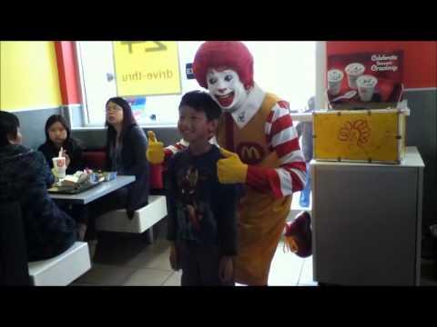 Ronald McDonald Scares Vincent