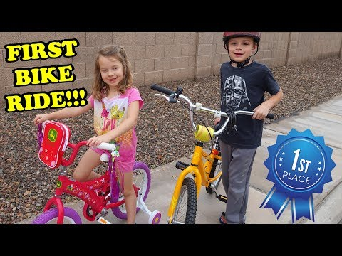 RIDING A BIKE FOR THE 1ST TIME!!! The Kids Have a Fun Race too