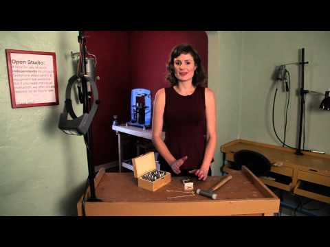 How Is Gold Stamped on Jewelry? : Jewelry Making & Maintenance