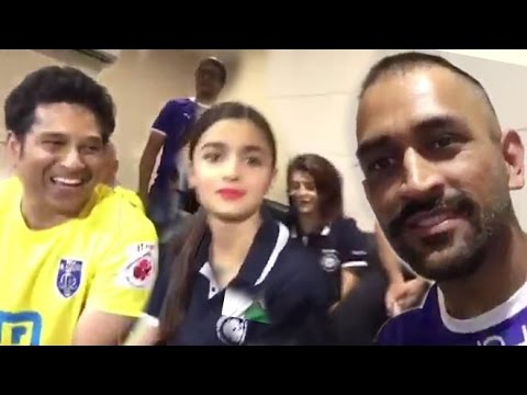 MS Dhoni & Sachin's Funny Moments At ISL Match With Bollywood Celebs