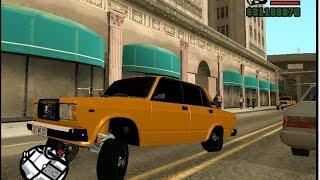 taxi yazisi var ustunde