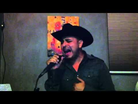 No Vallas A Llorar por Freddie Rivera