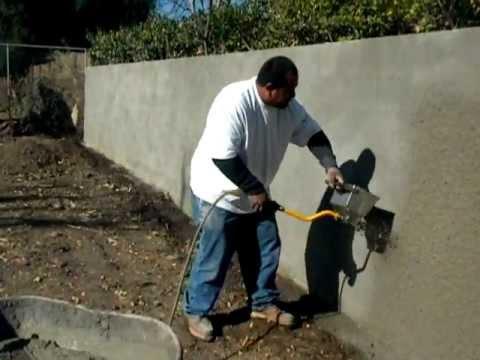 Stucco sprayer hopper gun