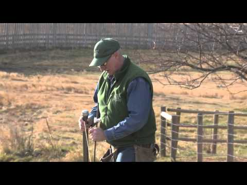How to install portable electric fence wire