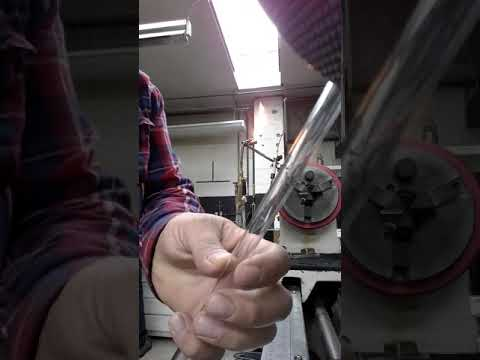 Cutting glass tube