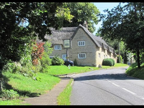 Cotswolds Country Walk   Theresa May's Childhood Home   Church Enstone to Chalford Park round