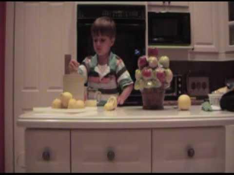 The Braden Show - Making Lemonade Slushy