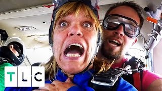 Amy And Chris Go Skydiving!   Little People, Big World