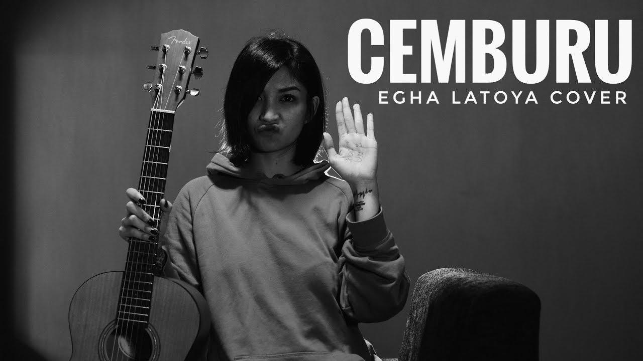 EGHA DE LATOYA - CEMBURU (DEWA 19) - LIVE ACOUSTIC
