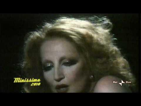 Mina _ Ancora ancora ancora _ 1978 _ Red light _Last appearance on a  video clip.